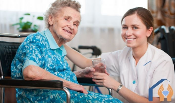 4 reasons to consider at home help for the elderly
